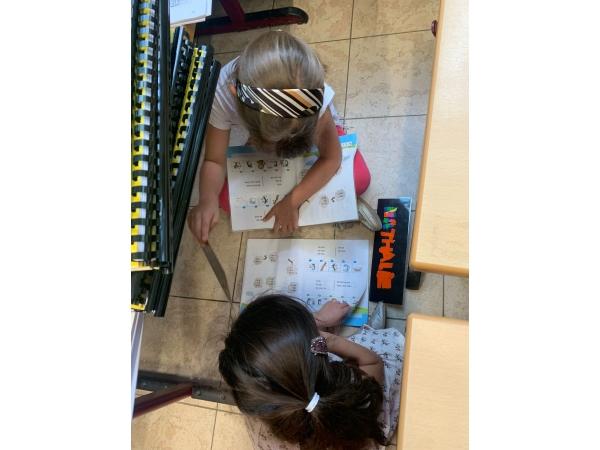 L1 Onze eerste schooldag afbeelding 63