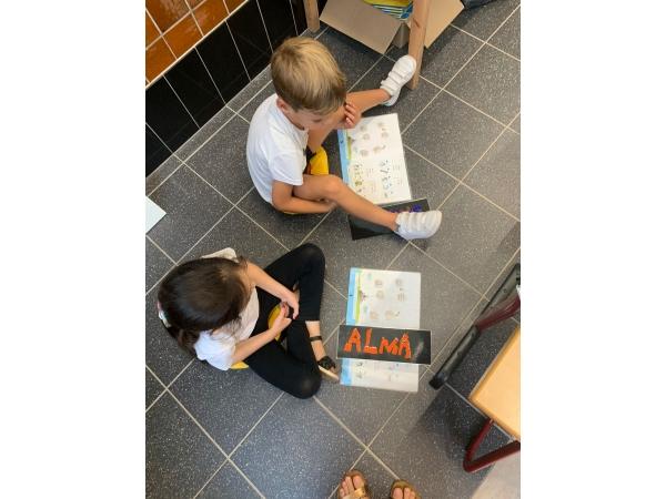 L1 Onze eerste schooldag afbeelding 61
