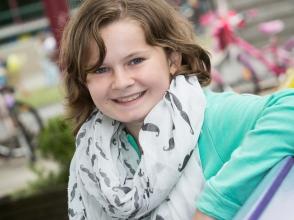 Hannelore Brands, leerling van het 5e leerjaar in stedelijke basisschool de Brem