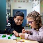 Kindjes in Stedelijke basisschool De Esdoorn