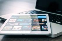 Computer en tablet met apps