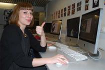 cursiste leert werken met Adobe Illustrator