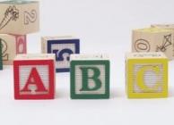 Speelblokjes voor tijdens de opvang in Stedelijke basisschool Creatopia